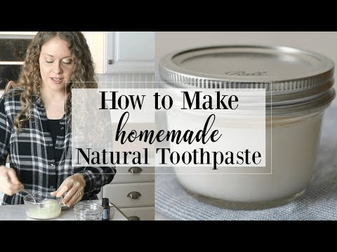 Homemade Natural Toothpaste (Coconut Mint)